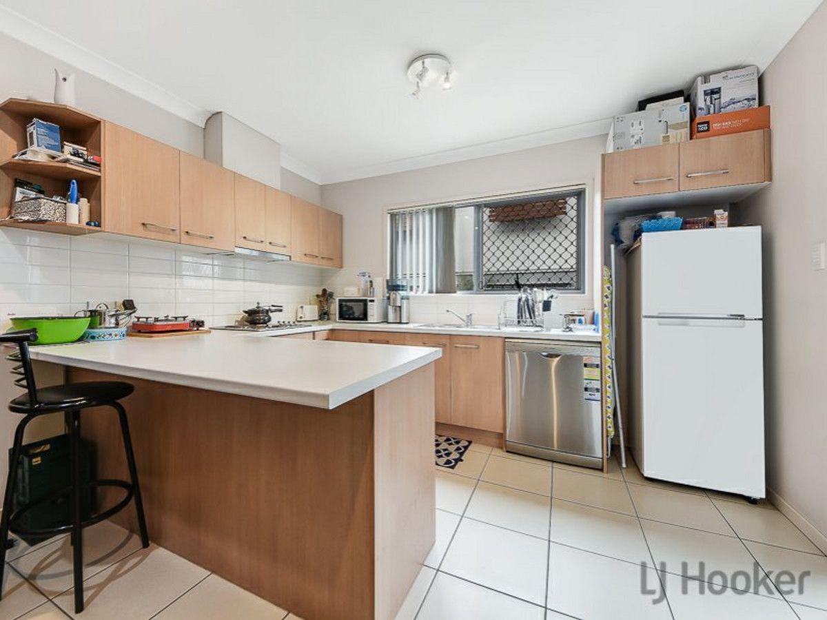 2/25 Grasspan Street, Zillmere QLD 4034, Image 2