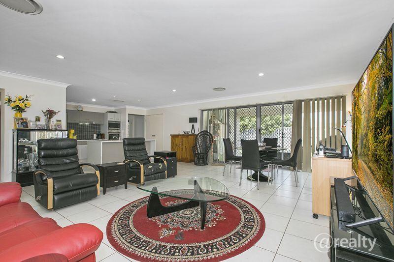 40 Balstrup Road North, Kallangur QLD 4503, Image 2