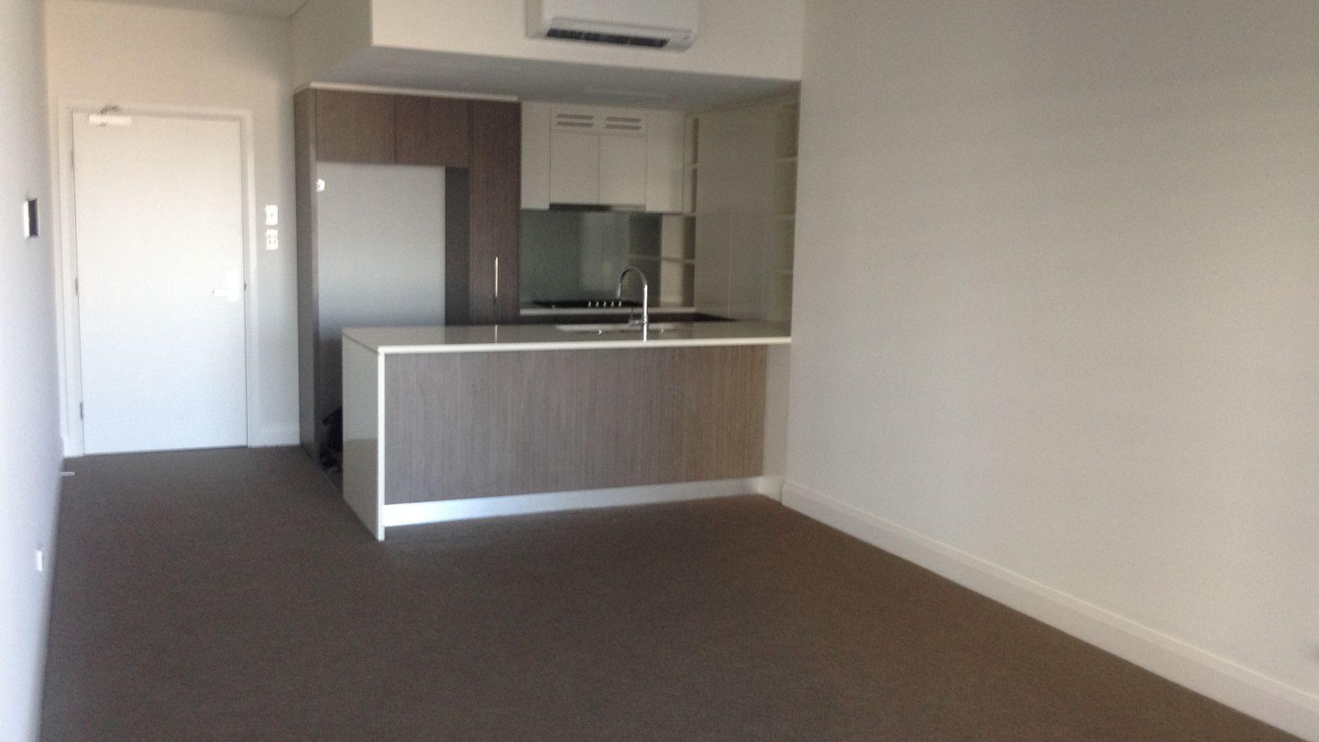 908/42 Walker Street, Rhodes NSW 2138, Image 2