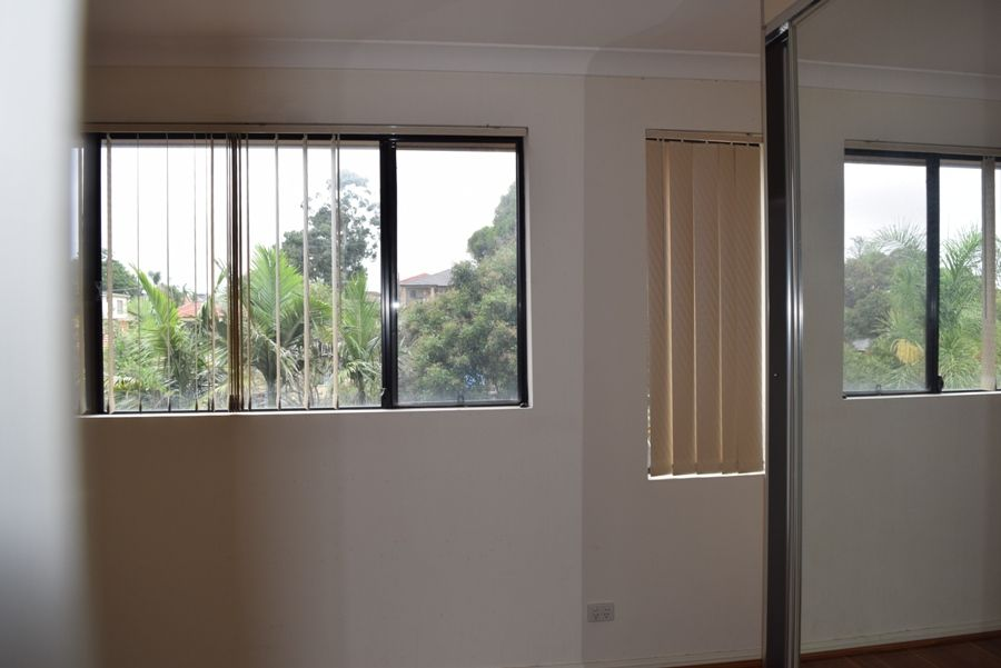 12/24 Cleone st, Guildford NSW 2161, Image 2