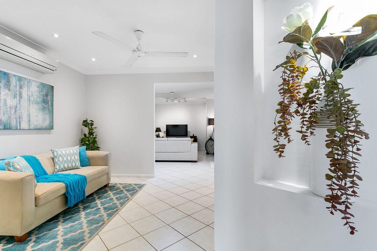 15 Knight Road, Smithfield QLD 4878, Image 2
