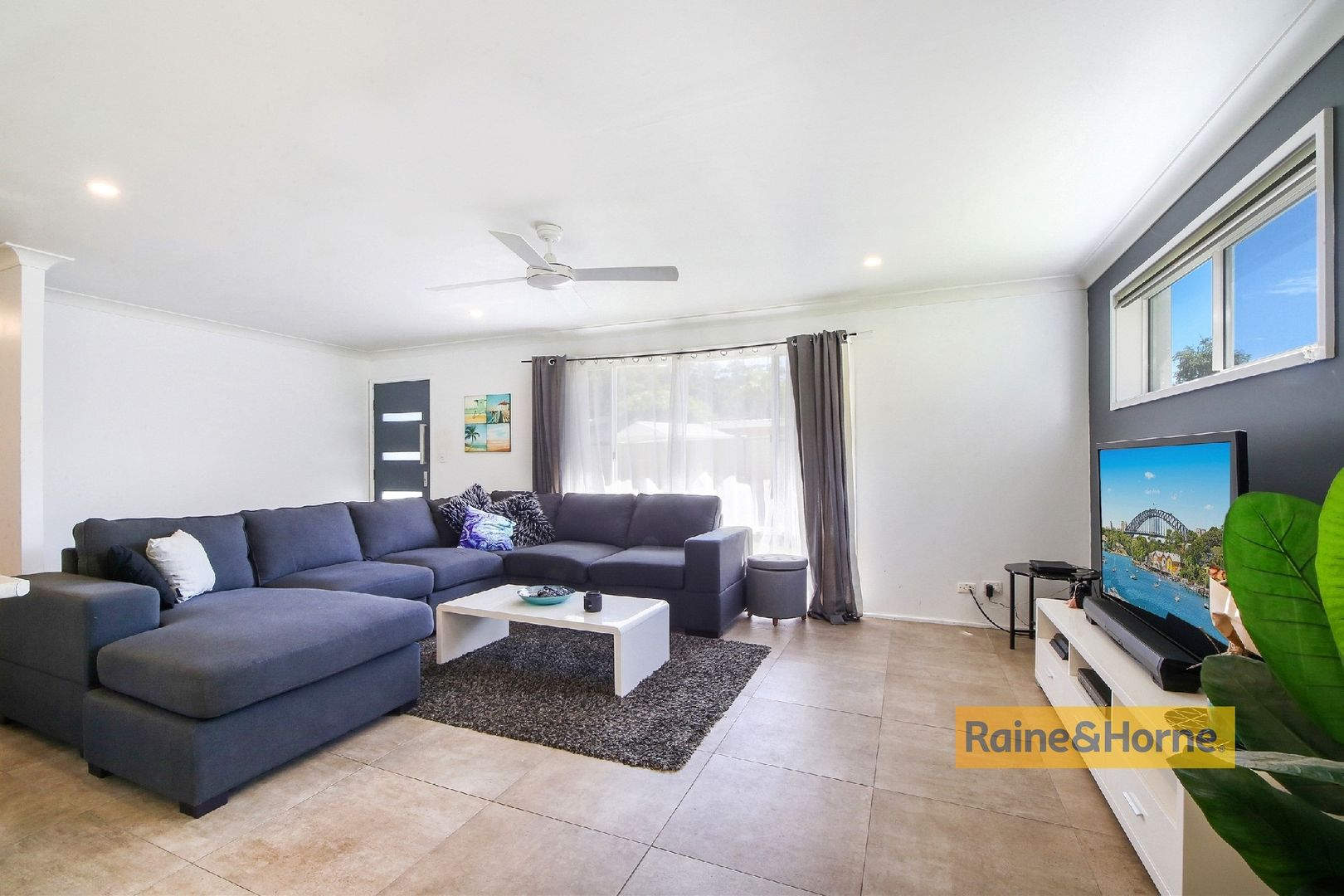 6 Macquarie Place, Umina Beach NSW 2257, Image 2
