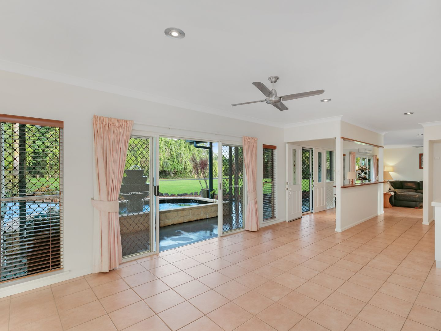 19 Rainforest Drive, Jubilee Heights QLD 4860, Image 1