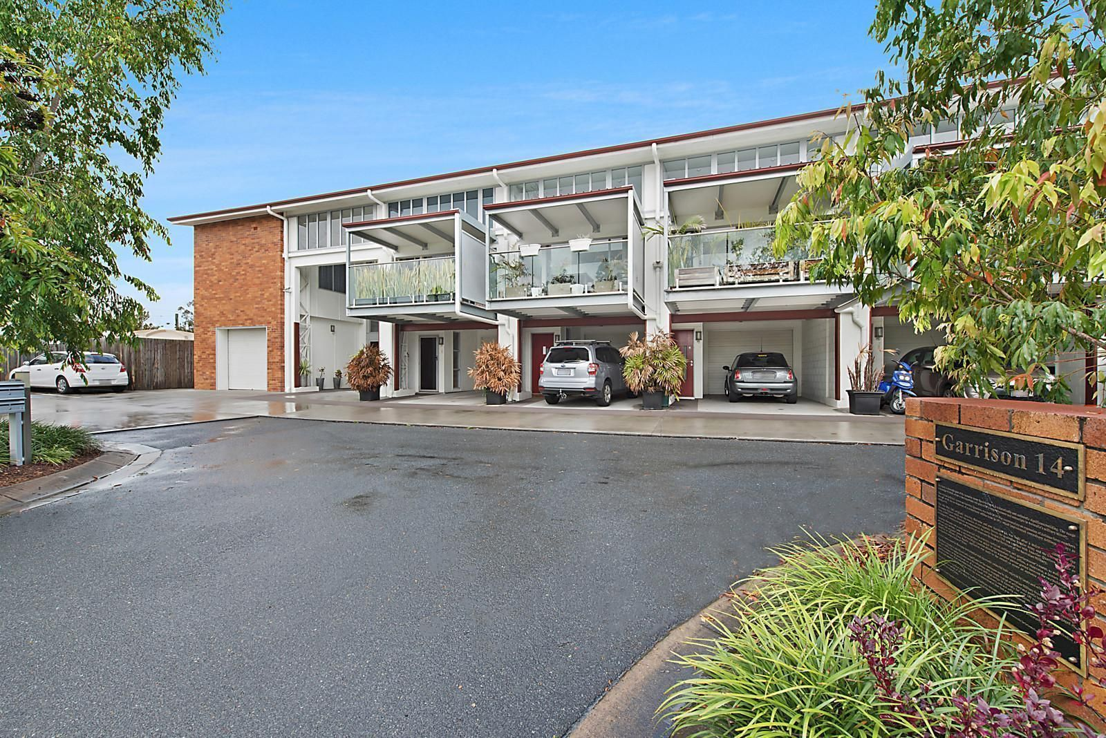 2/14 Military Close, Annerley QLD 4103, Image 0