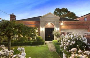 Picture of 3 Como Avenue, Surrey Hills VIC 3127