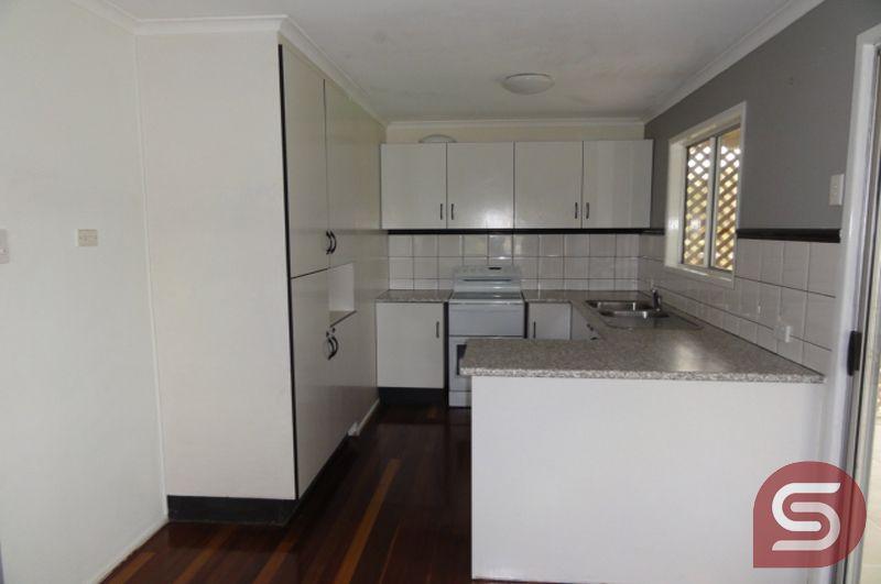 27 Melinda St, Burpengary QLD 4505, Image 2