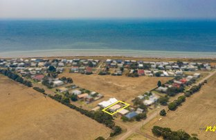 Picture of 41 Grassy Point Road, Indented Head VIC 3223