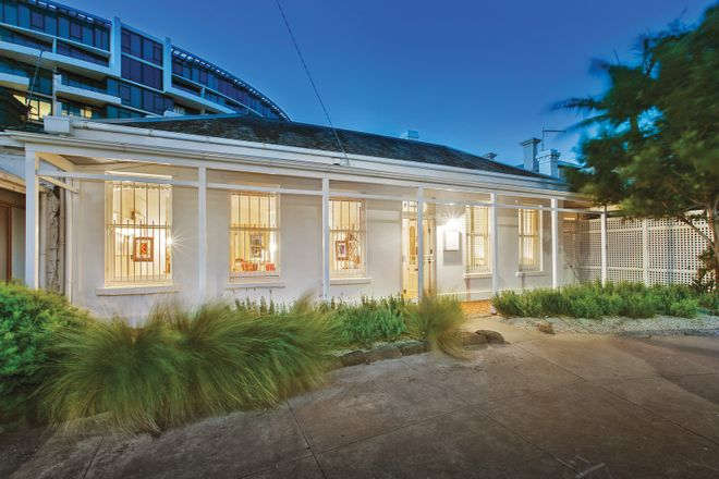 Picture of 2 Alfred Square, ST KILDA VIC 3182