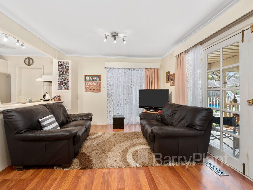 21 The Ridge West, Knoxfield VIC 3180, Image 2
