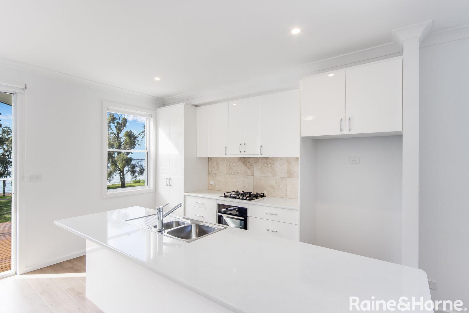 83 Lakedge Avenue, Berkeley Vale NSW 2261, Image 0