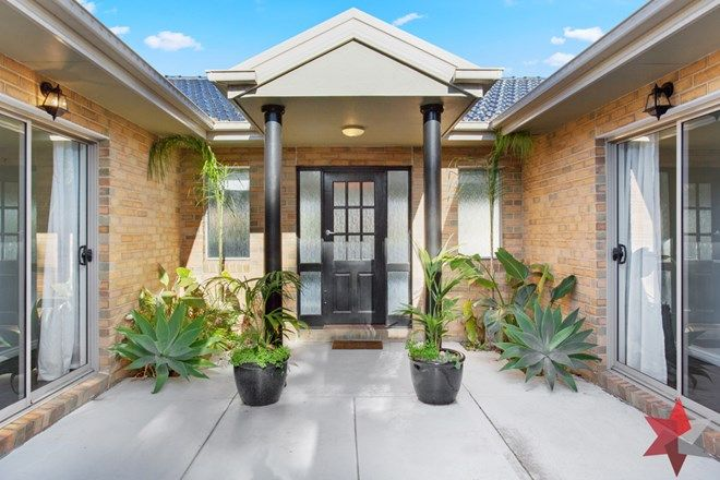 Picture of 12 Heron Way, SANCTUARY LAKES VIC 3030