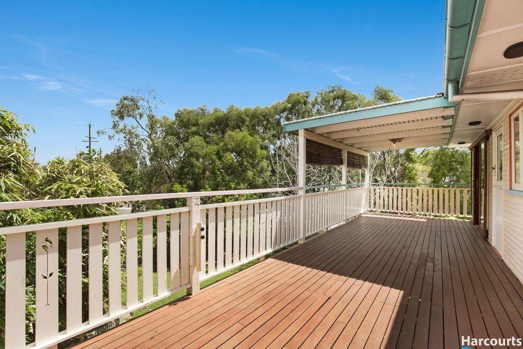 16 Domitia Avenue, Seven Hills QLD 4170, Image 1