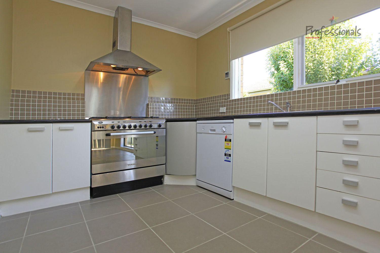 13 Fern Avenue, Wodonga VIC 3690, Image 1