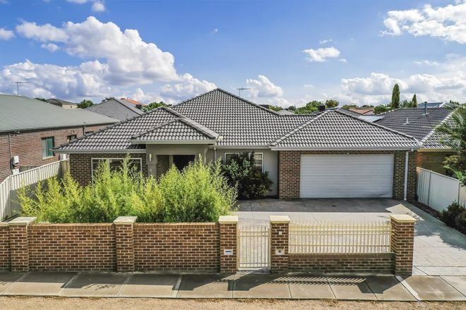 Picture of 68 Jindabyne Avenue, TAYLORS HILL VIC 3037