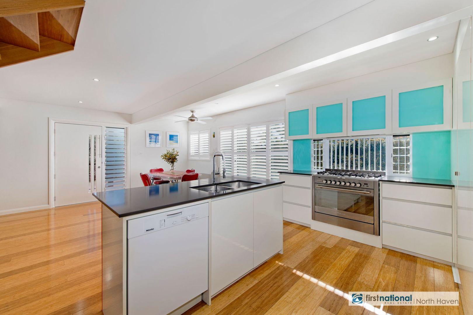 3 Boodgery Street, Lake Cathie NSW 2445, Image 2