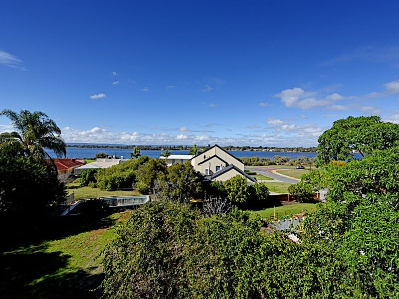 162C River Way, Salter Point WA 6152, Image 0