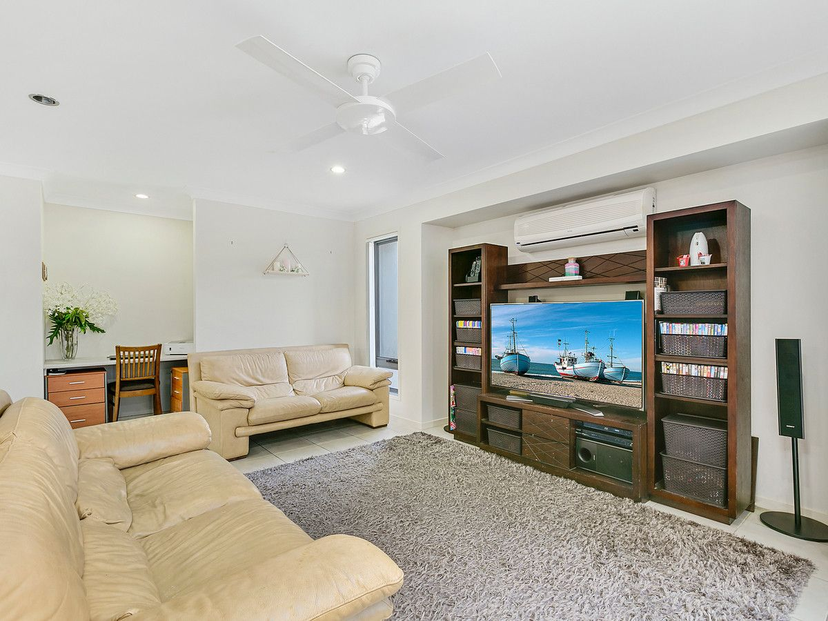 30 Bellinger Key, Pacific Pines QLD 4211, Image 1