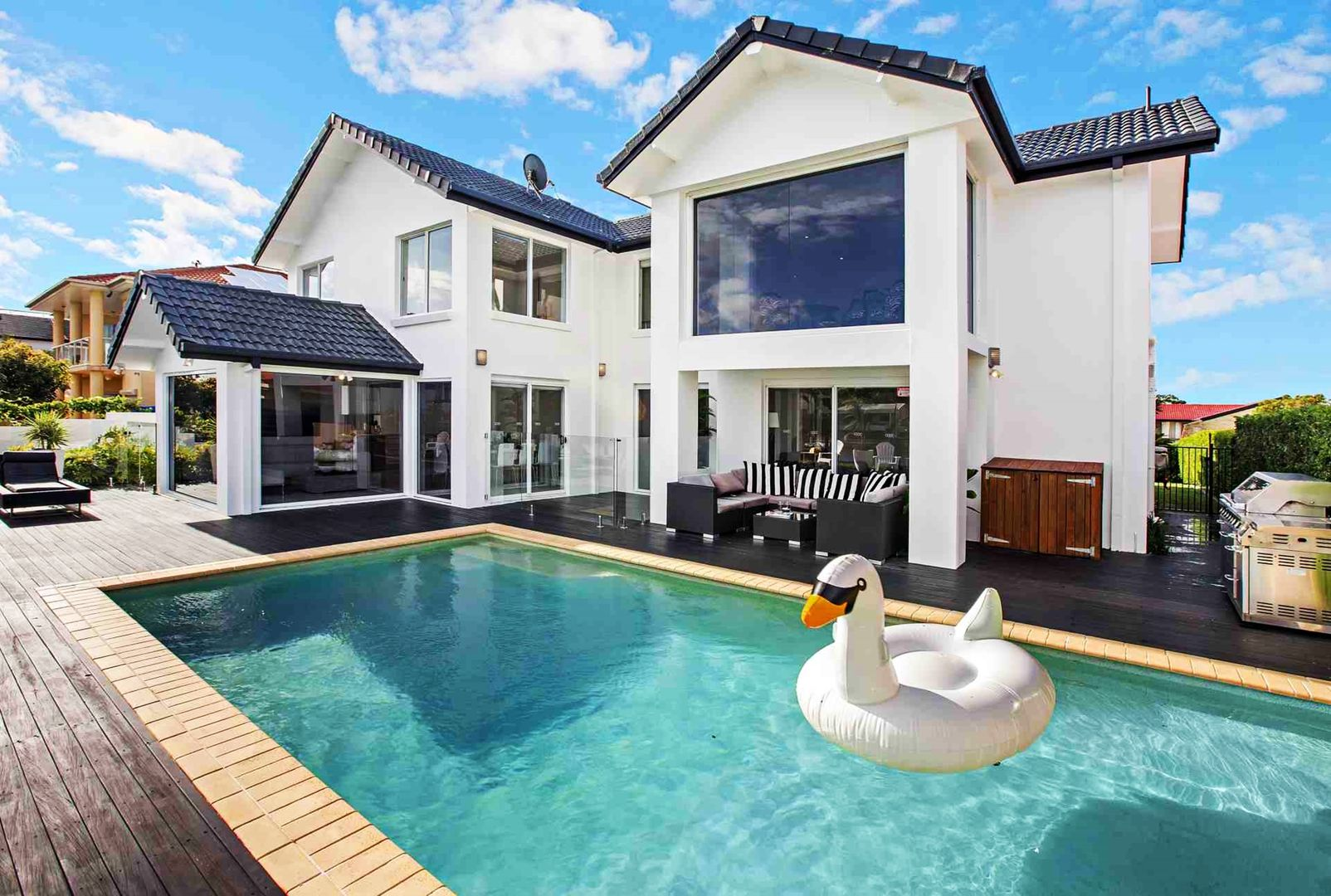 5 Volante Crescent, Mermaid Waters QLD 4218, Image 1