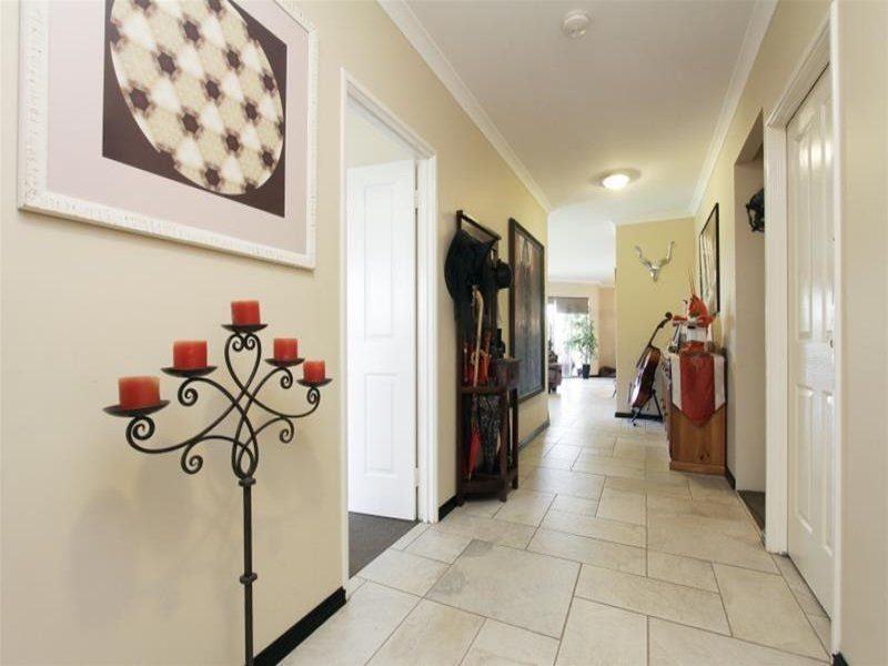5 Jutland Way, The Vines WA 6069, Image 1