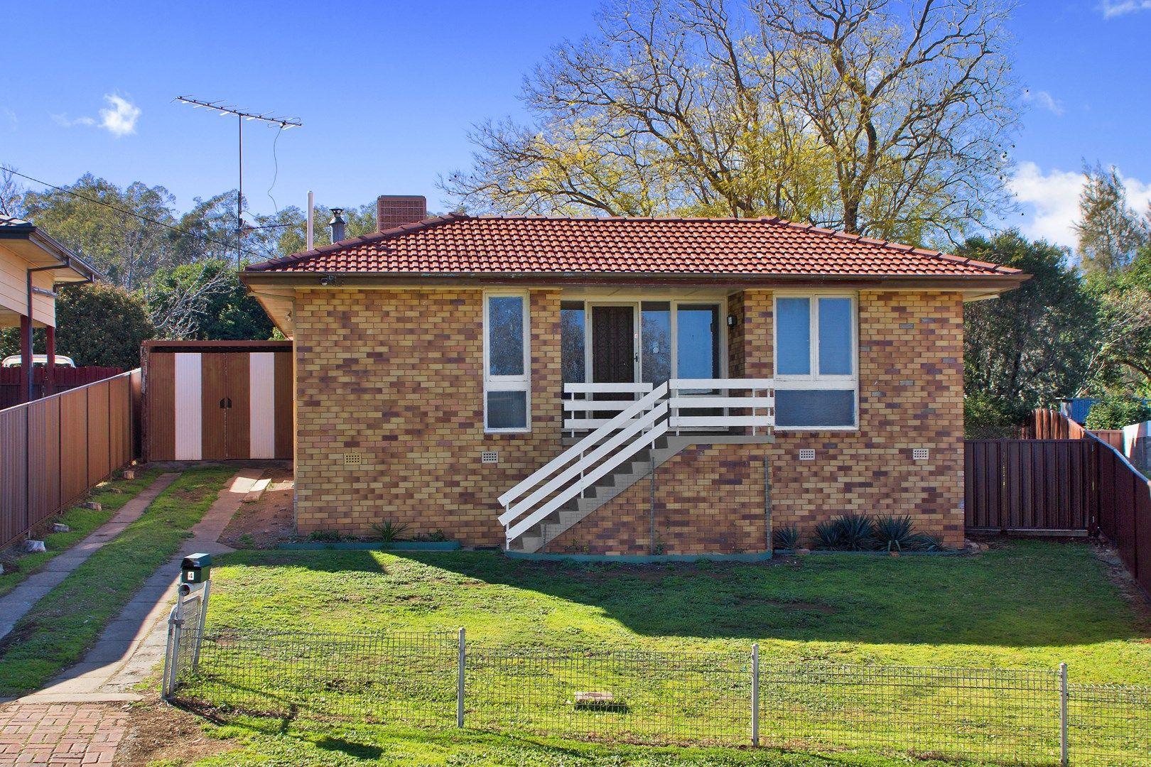 4 Fraser Crescent, Tamworth NSW 2340, Image 0