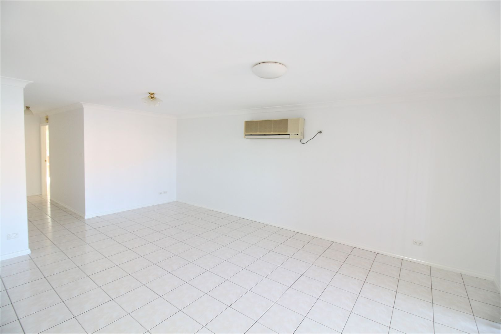 3/490 Banna Avenue, Griffith NSW 2680, Image 2