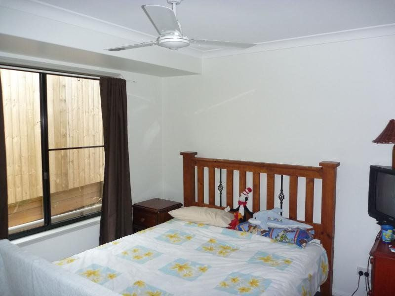 26 Pioneer Avenue, Childers QLD 4660, Image 2