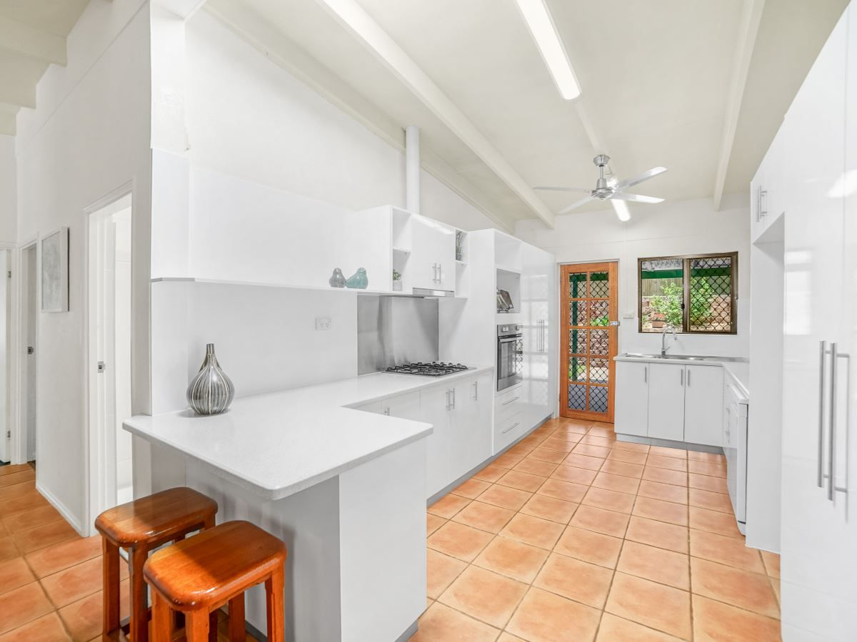 41 Park Street, Bayview Heights QLD 4868, Image 2