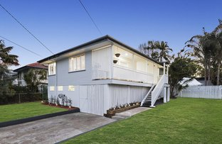 Picture of 21 Herswell Avenue, Wynnum West QLD 4178