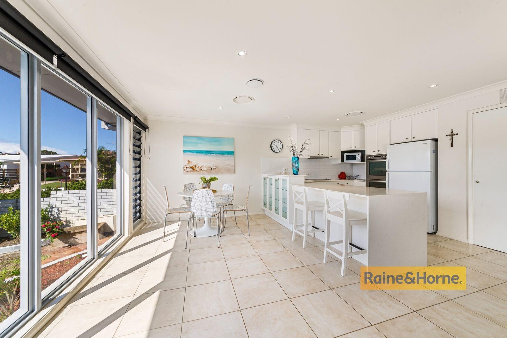 117 Helmsman Boulevard, St Huberts Island NSW 2257, Image 2