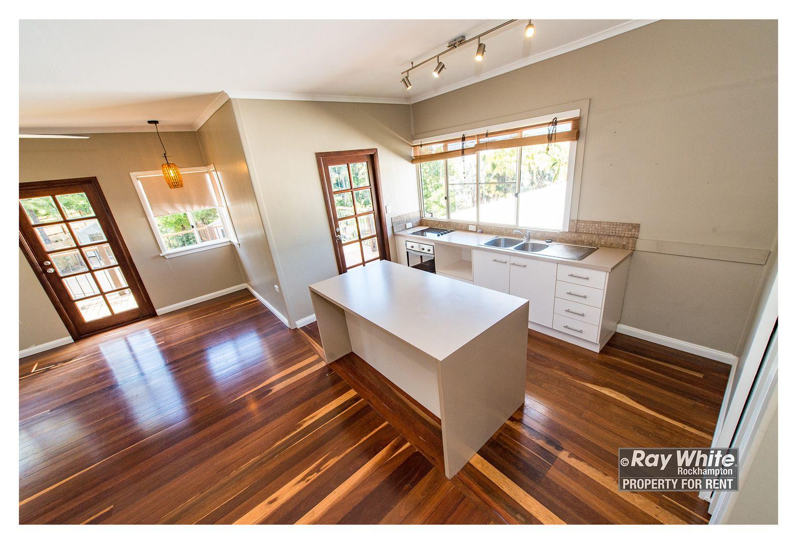 4 Beaconsfield Terrace, The Range QLD 4700, Image 2