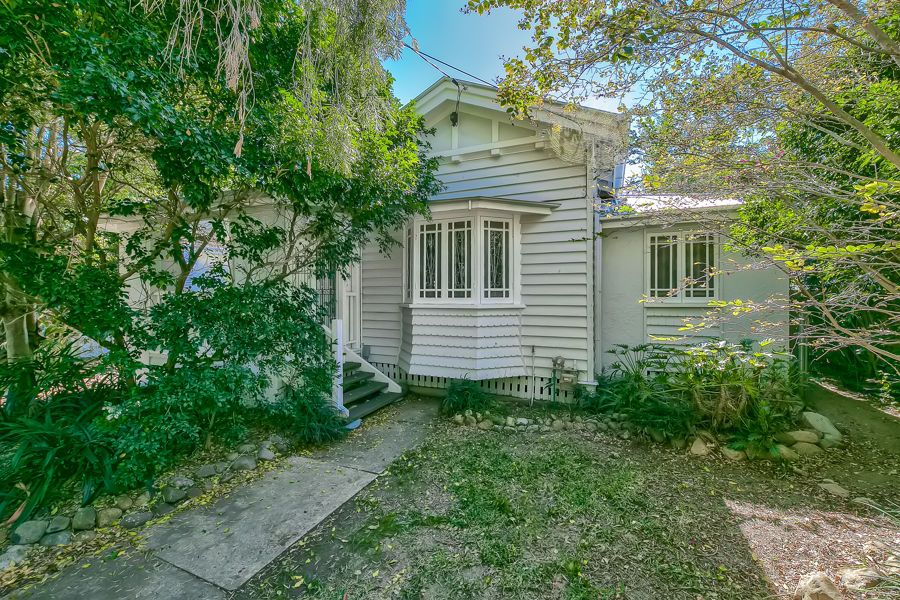 31 Weinholt Street, Sherwood QLD 4075, Image 0
