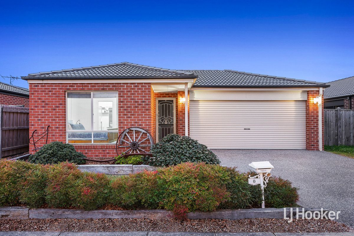 8 Landing Place, Point Cook VIC 3030, Image 0