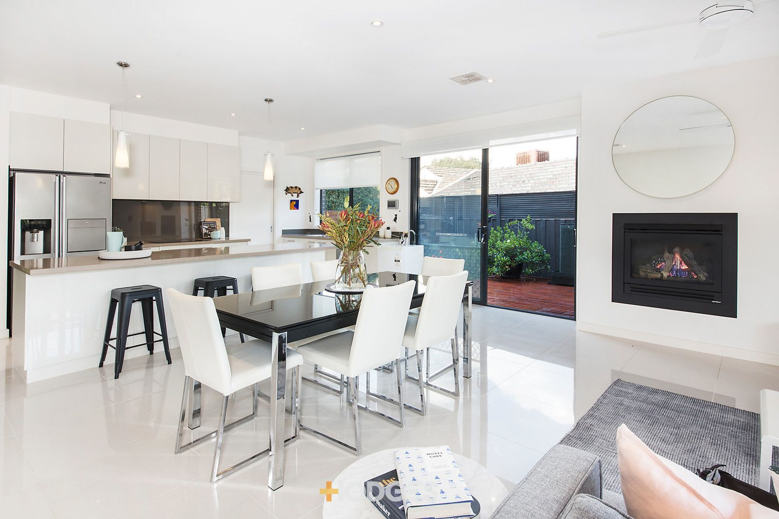 30a Gramatan Avenue, Beaumaris VIC 3193, Image 2
