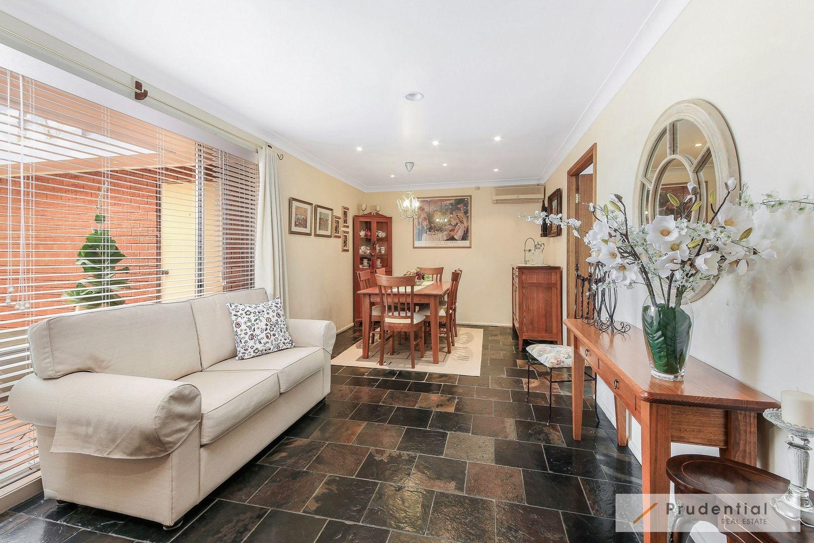 52 Supply Avenue, Lurnea NSW 2170, Image 2