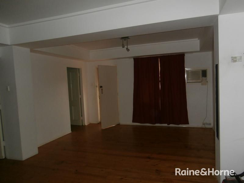29 Harrow Road, Salisbury North SA 5108, Image 2