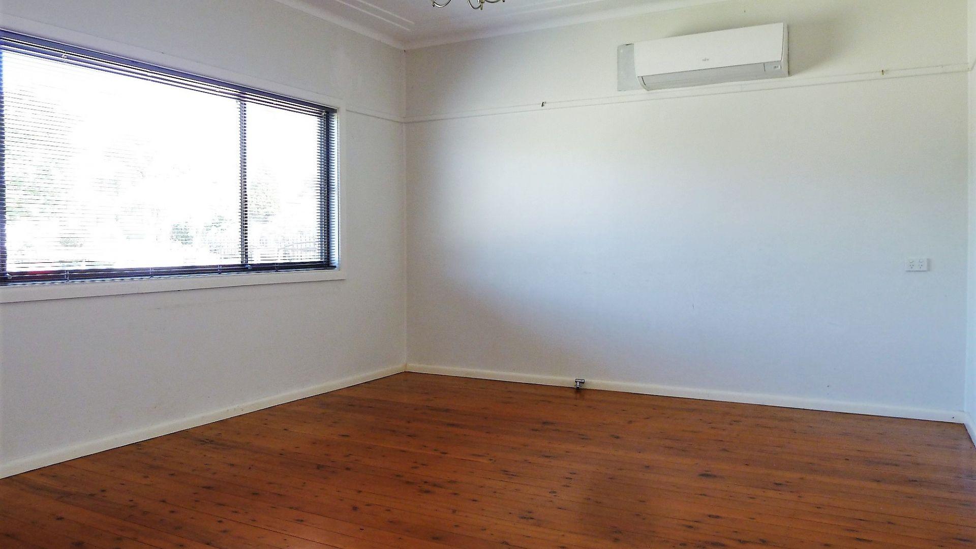 35 Tulloch Street, Blacktown NSW 2148, Image 1
