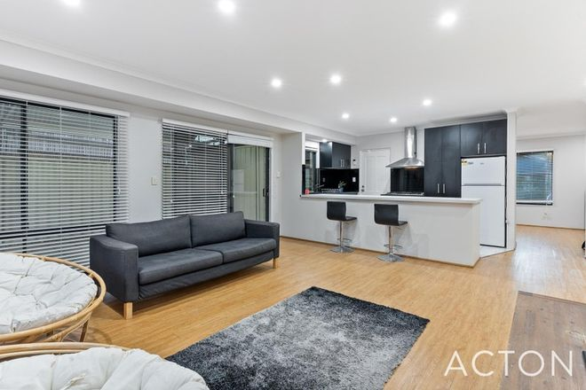 Picture of 32 Hedgeley Way, CANNING VALE WA 6155