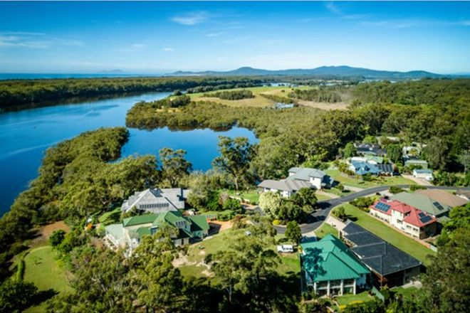 Picture of 8 Edgewater Drive, NAMBUCCA HEADS NSW 2448