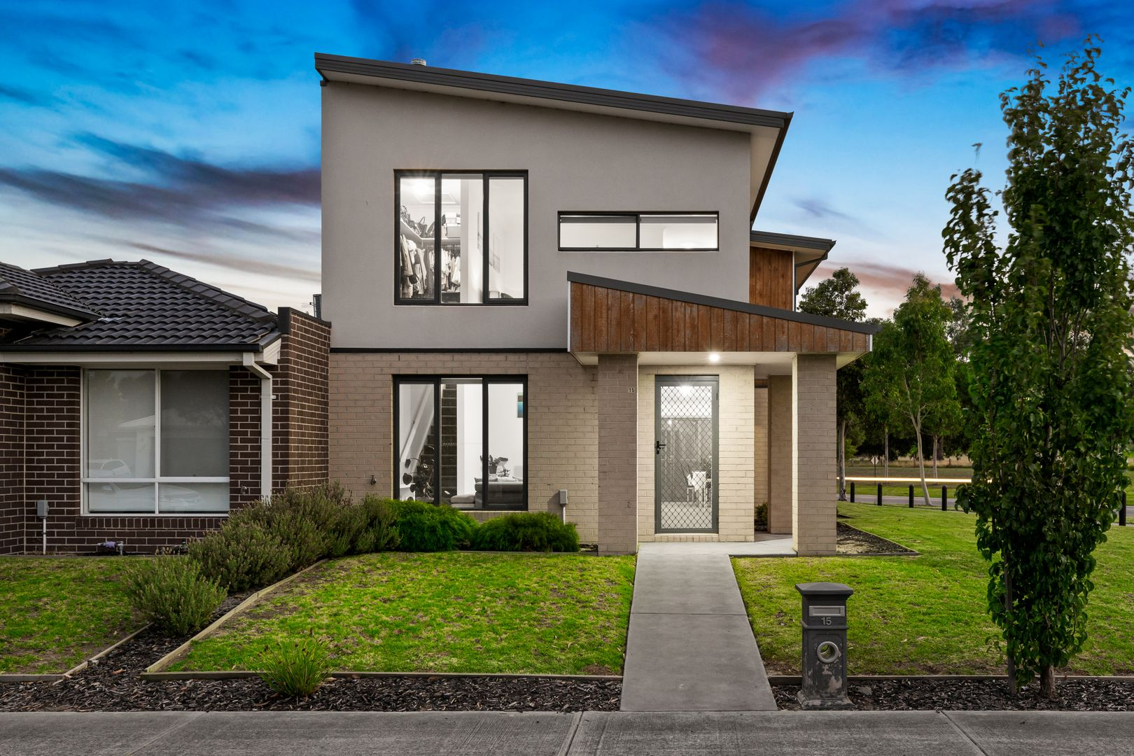 15 Renlik Circuit, Cranbourne North VIC 3977, Image 0