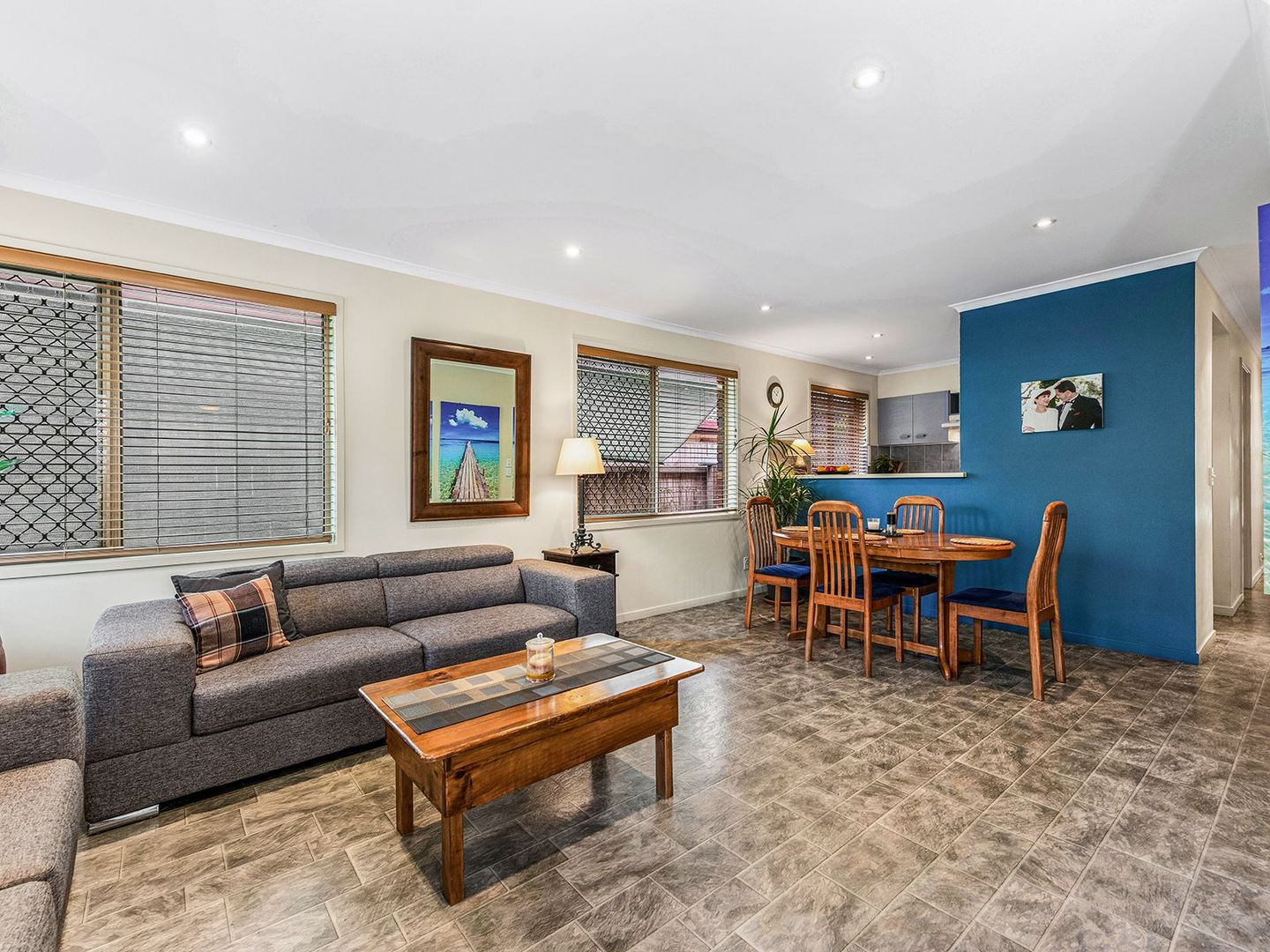 62 Clarendon Cct, Forest Lake QLD 4078, Image 2
