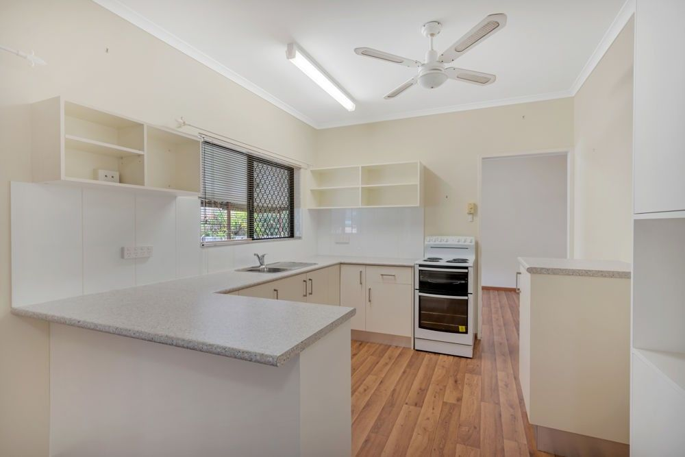 6 Gouldian Street, Bayview Heights QLD 4868, Image 2