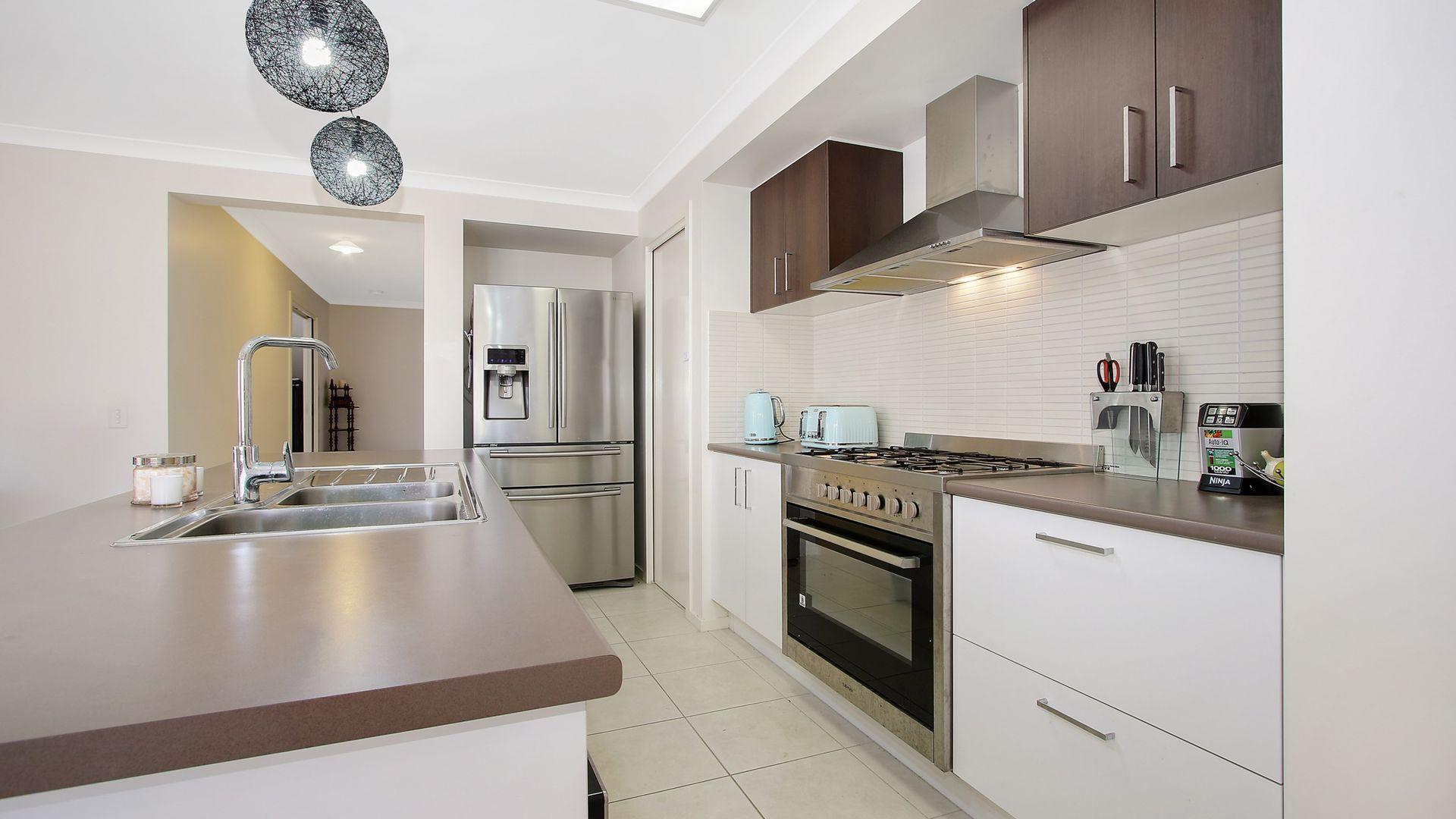 34 Peeler Street, Wodonga VIC 3690, Image 2