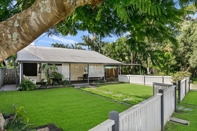 Picture of 46 Grenade Street, CANNON HILL QLD 4170