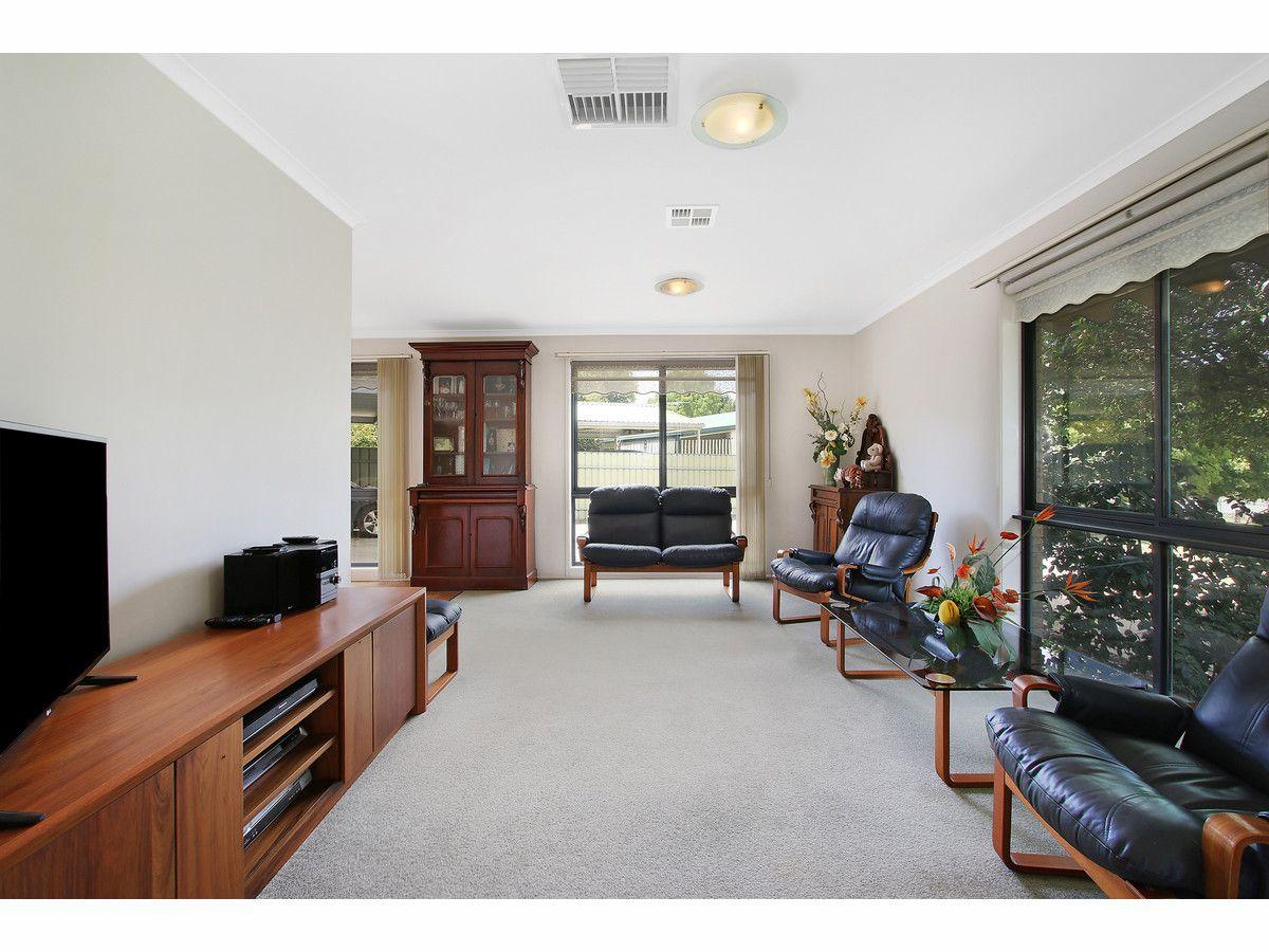 121 - 123 Clarke Street, Howlong NSW 2643, Image 2
