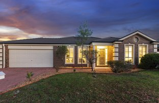 Picture of 8 Beaumaris Way, Point Cook VIC 3030