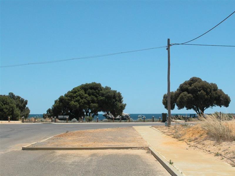 4 Acacia Way, Leeman WA 6514, Image 0