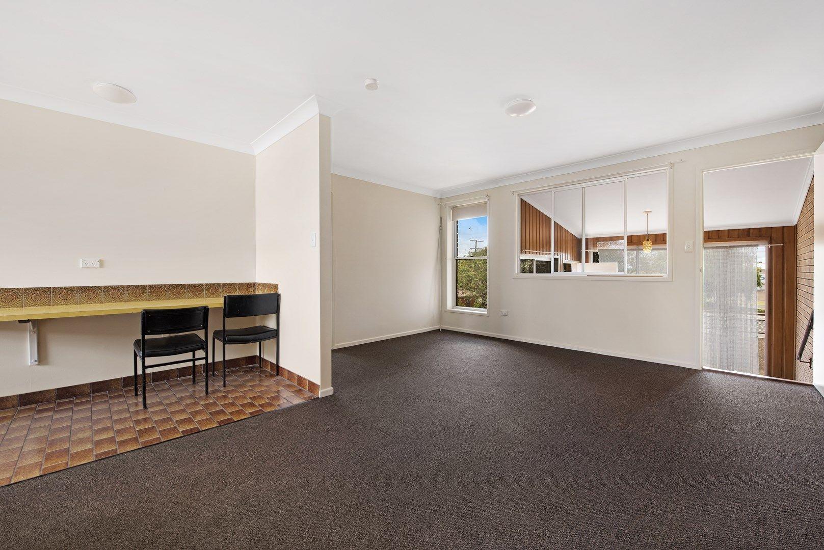 2/157 Anzac Ave, Harristown QLD 4350, Image 0