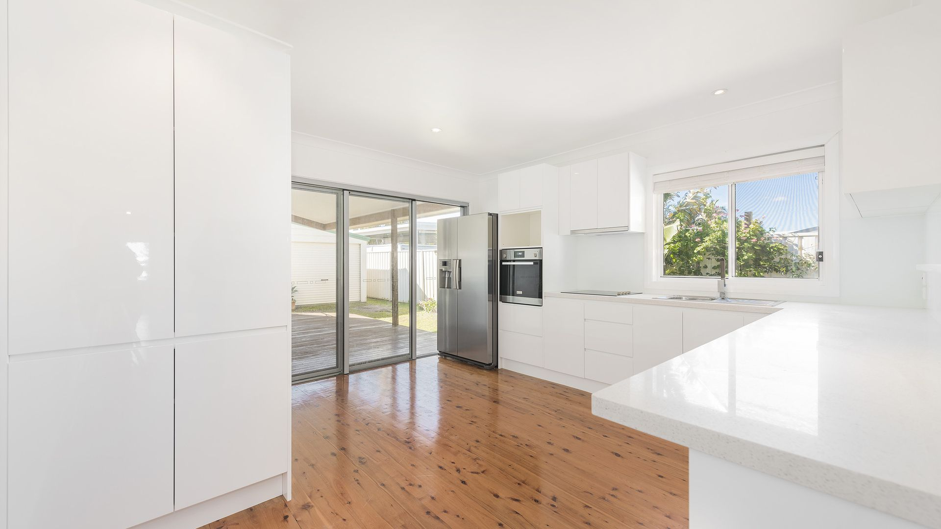 2/21 Maneela Street, Blacksmiths NSW 2281, Image 1