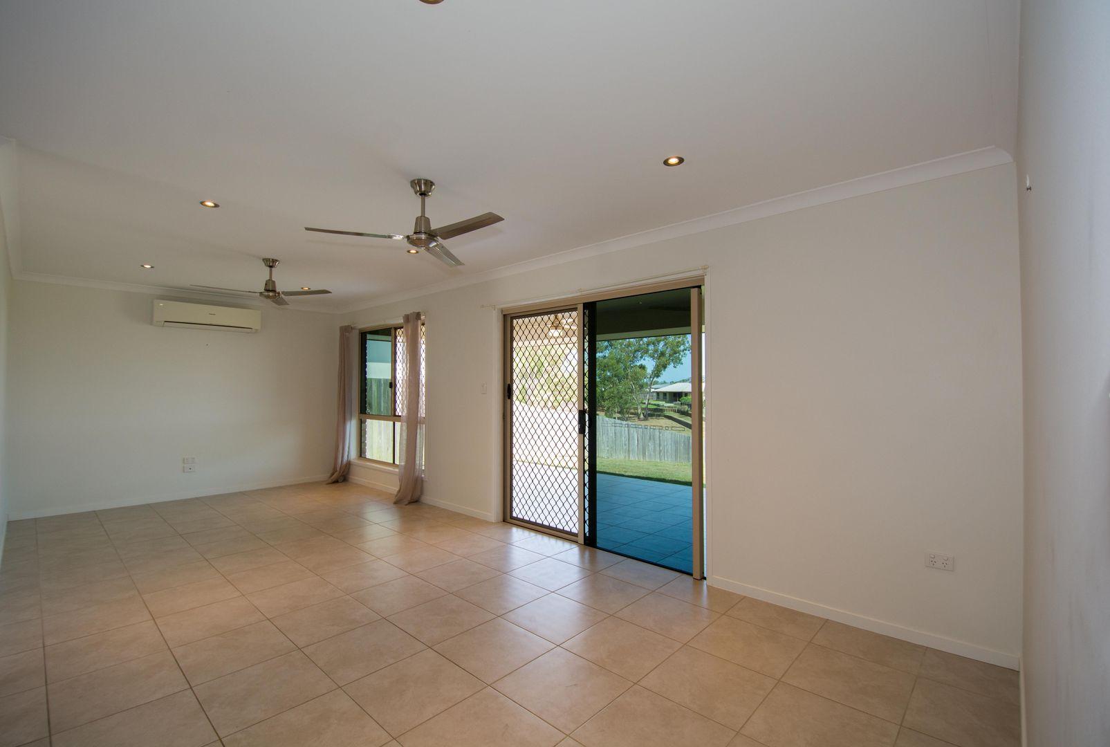 32 Sienna Boulevard, Ashfield QLD 4670, Image 1