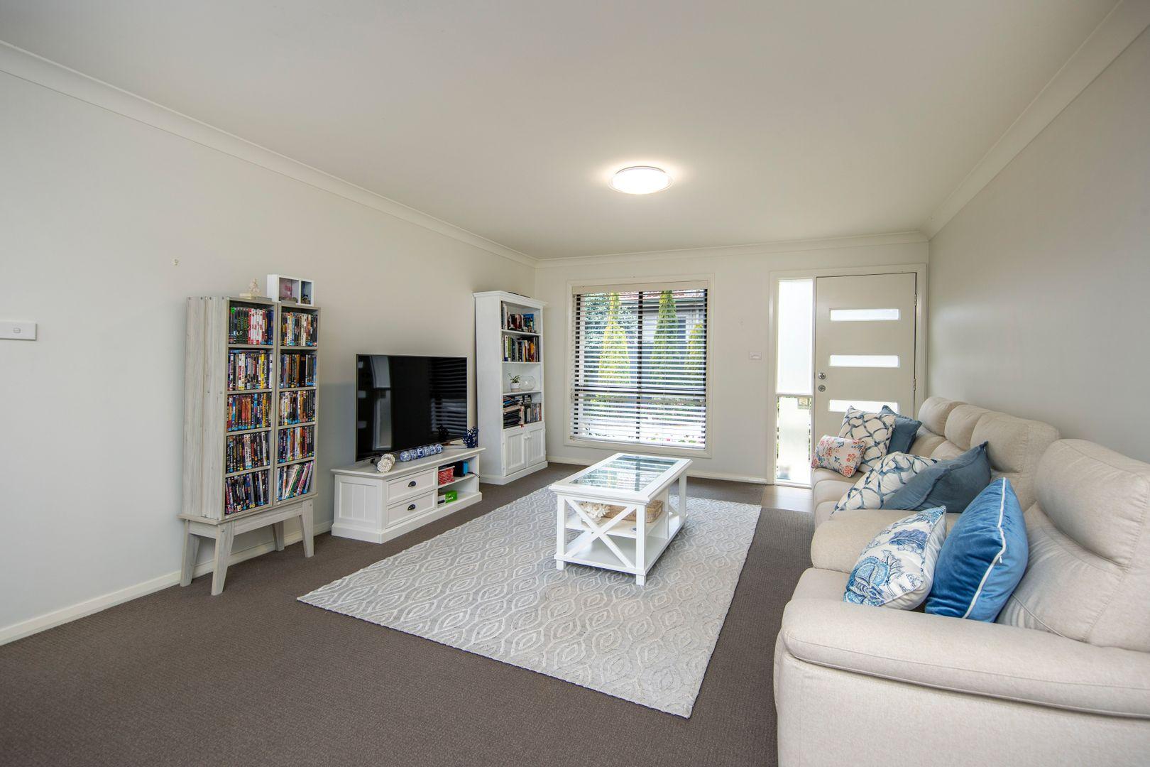 1/274 Park Avenue, Kotara NSW 2289, Image 2